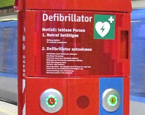Automatic defibrillators in the Munich underground system